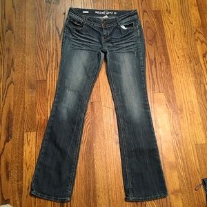Jeans boot cut destroyed size 11